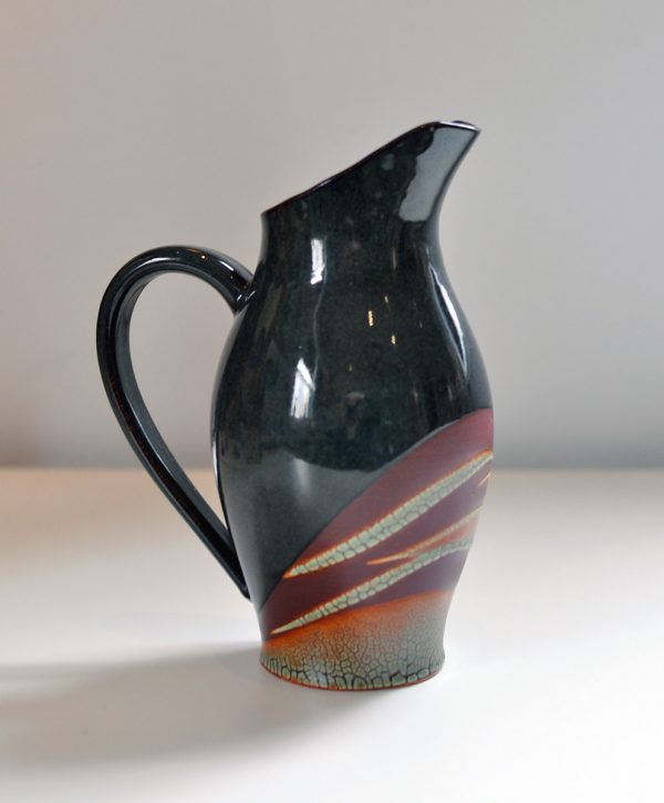 Pitcher Black